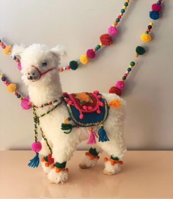 Llama Shelf Decor